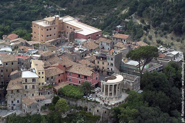 L 39 acropoli ed i templi di vesta e sibilla tivoli touring - Taxi bagni di tivoli ...